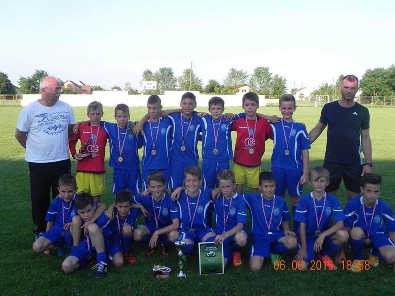 Početnici osvojili turnir Čepin kup 2015.