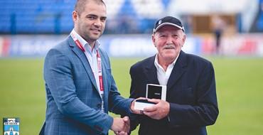 Nagrada čovjeku koji je desetljećima na stadionu