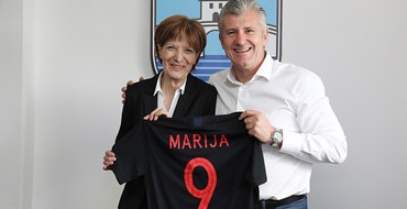 Šuker darivao Mariju Dumančić